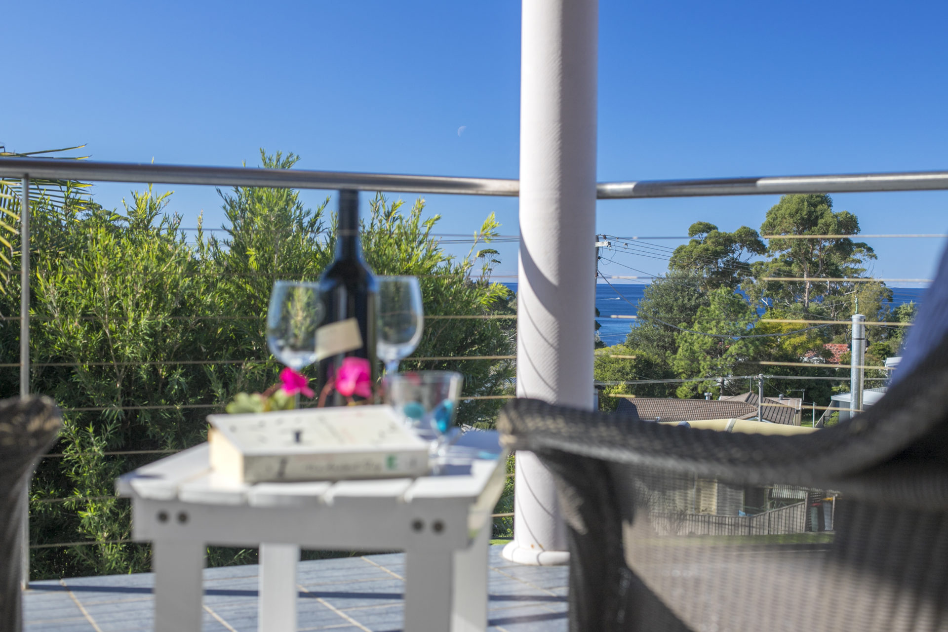 58 Seaview St - Summer Days